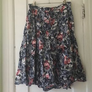 Red white and blue pattern midi skirt.